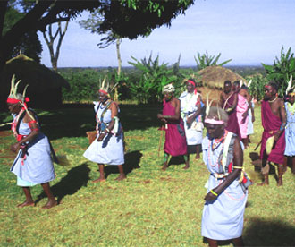 traditional kikuyu performers at riuki cultural centre